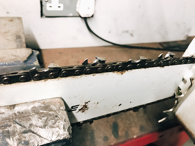 Chain-Saw-Chain-Repair-Chichester-West-Sussex